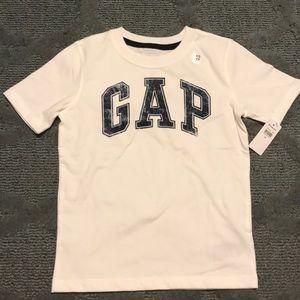 Boys GAP short sleeve T-shirt